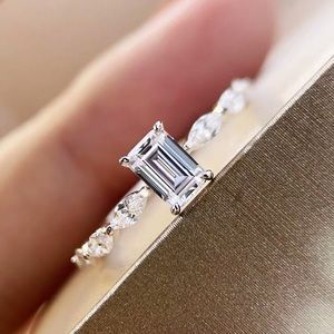 Au750 pure 18k white gold diamond Ring size 6